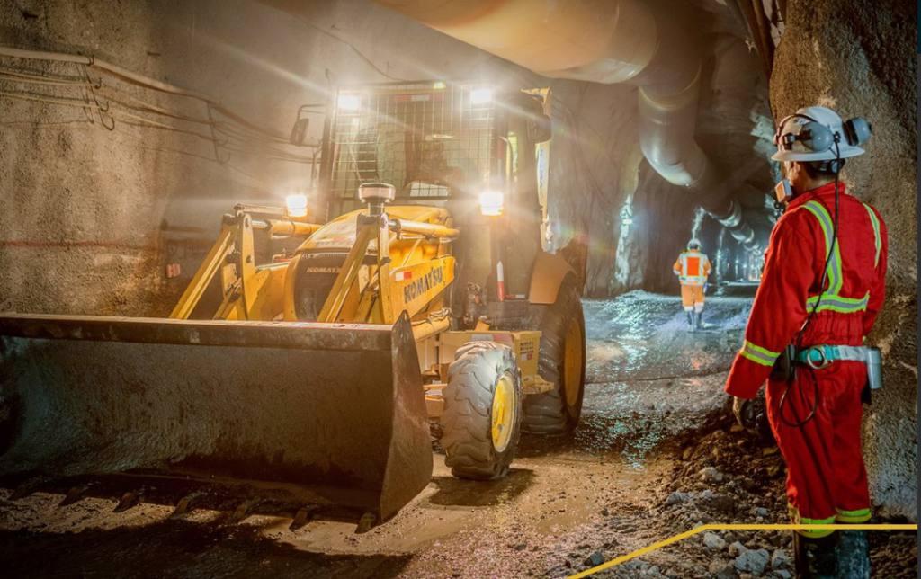 Autlán firma acuerdo para adquirir minera canadiense Ecu Silver